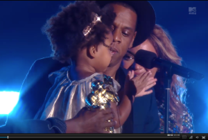 The Carters on stage at 2014 MYV VMAs